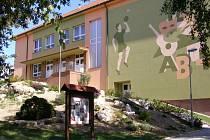 Základní škola v Dolním Němčí.
