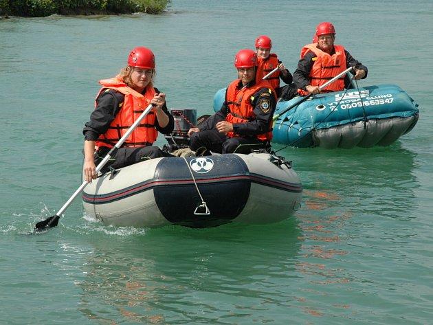 Leteckou nehodu na ostrově cvičně řešily složky IZS ve Zlínském kraji vůbec poprvé.