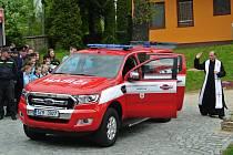 Speciální terénní auto dobrovolných hasičů z Březové bude zasahovat v Bílých Karpatech.