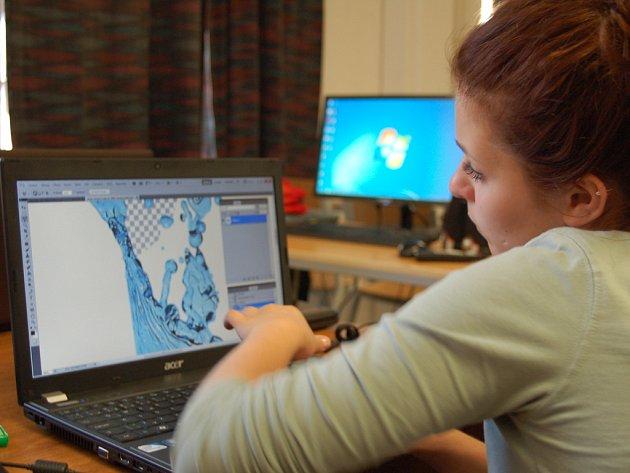 Na mezinárodním sympoziu studenti prezentují svůj grafický talent.