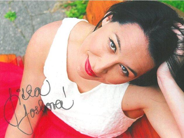 Kabelku věnovala také herečka Slováckého divadla Jitka Josková.
