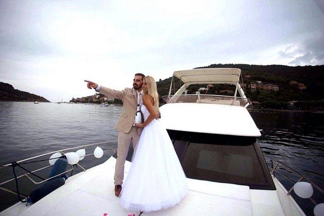 Soutěžní svatební pár číslo 110 - Andrea a Pavel Ryboň, Vidče