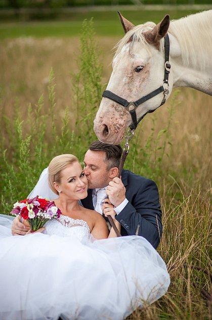 Soutěžní svatební pár číslo 142 - Pavlína a Alexandr Jochovi, Uherský Ostroh