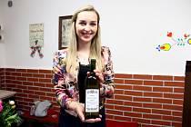 OTEVŘENÉ SKLEPY. Vůně vína se linula zpatnácti otevřených sklípků v Polešovicích.