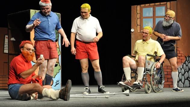 Přesně před týdnem se herci Slováckého divadla dostali mezi českou elitu. Po 400. totiž odehráli komedii Rychlé šípy.
