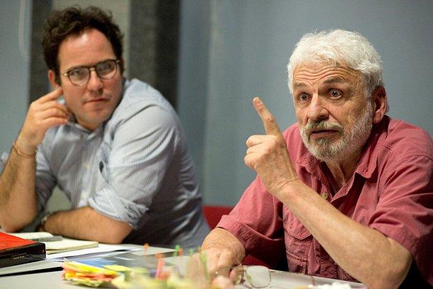 Režisér Michal Skočovský (vlevo)