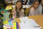 Letos ZŠ UNESCO otevírá tři první třídy (58 žáků). Celkem bude školu navštěvovat 650 školáků. Třídu 1.A (20 žáků) bude učit paní učitelka Mgr. Miriam Haraštová.