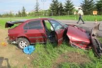 Mladý řidič nedal přednost a způsobil vážnou nehodu.