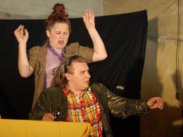 Divadelní představení na hradě Buchlov: seskupení Zdeňka Štěpánka
