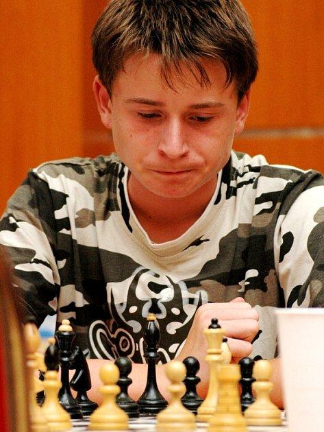 Šachy jsou především o dokonale zkoncentrované mysli hráče, každá chybička je potrestána.