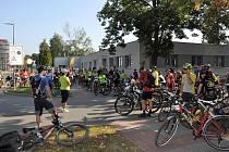 Cykloden s dárci krve a jejich příznivci uspořádalo o první zářijové neděli Hematologicko transfuzního oddělení Uherskohradišťské nemocnice. Premiérového ročníku akce s názvem Jedu na krev se zúčastnilo 120 cyklistů.