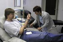 V uherskohradišťské nemocnici si na nedostatek dárců krve nemohou stěžovat.