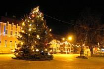 Vánoční strom v Uherském Brodě.