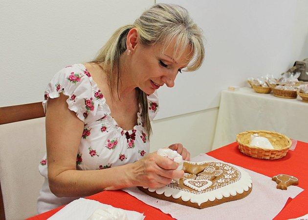 Pro Irenu Burdovou je perníkářství zaměstnání ikoníček.