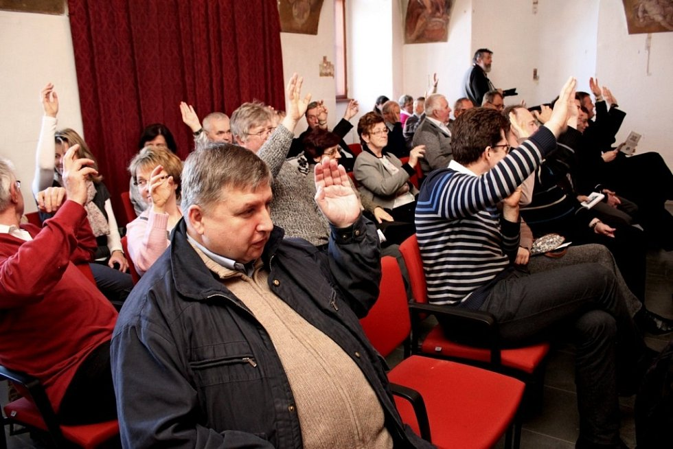 Členové Matice velehradské se po roce sešli na svém sněmování v Zimním sále Stojanova gymnázia.
