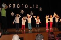 Děti z Akropolisu měly potlesk jako v Superstar