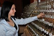 VŮNĚ PÁLENEK. Salašská hospoda Na Dolině byla plná fajnšmekrů i destilátů.