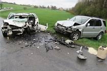 Jednu z účastnic dopravní nehody u Nivnice musel o víkendu transportovat vrtulník do Olomouce.