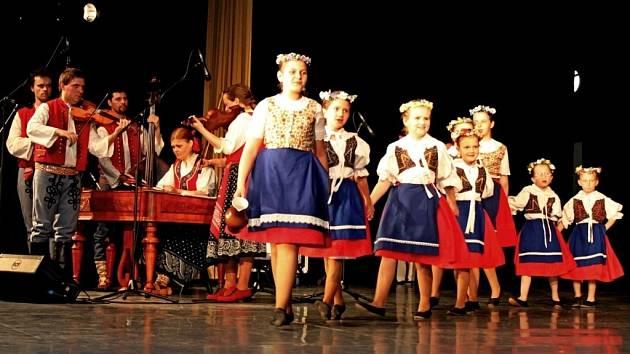 Společné vystoupení Hradišťánku a jeho hostů bylo pro návštěvníky pořadu příjemným zážitkem.