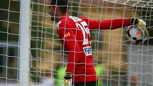 FK Baumit Jablonec (zeleno bílé dresy) - 1. FC Slovácko. Dušan Melichárek.