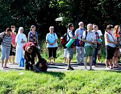 Desítky kilometrů měli za sebou věřící poutníci, kteří dorazili obutí i bosí v sobotu dopoledne na Velehrad.
