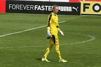 Fotbalistky Slovácka (bílé dresy) se ve 4. kole nadstavbové části první ligy žen skupiny o titul utkaly s pražskou Slavií.
