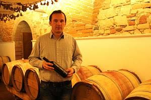 Vinař Libor Zlomek v Galerii slováckých vín.