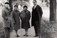 Zleva Vladislav Vaculka, Ida Vaculková, Bohumila Krojzlová, Otakar Krojzl.