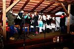 Tupeští si bez Vánočního zpívání vMuzeu keramiky nedovedou advent představit.
