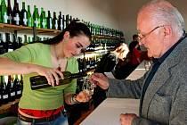 Výstava vín v Modré
