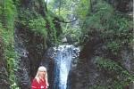 Dolné diery na Malé Fatře skýtají nádherné pohledy na kaňony a soutěsky s vodou, tvořící místy malé vodopádky.