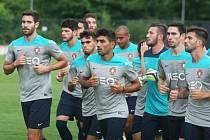 Fotbalisté Portugalska do 21 let trénovali v Otrokovicích.