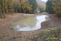 Vodní nádrž v lokalitě Pod Pilou má sloužit pro vodní živočichy a rostliny a snížit dopady povodní a sucha.