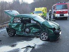 Tragická srážka VW a audi v Chříbech