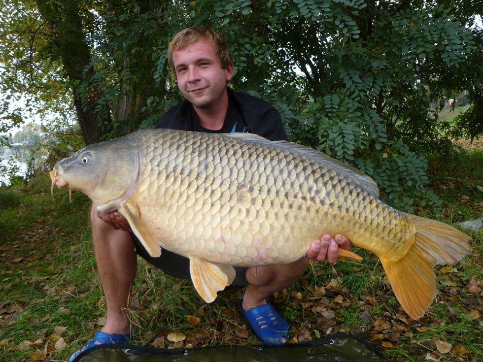 Soutěžní číslo 193 – Milan Bartoš, kapr, 98 cm, 19 kg.