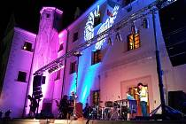 Pastva pro oči i sluch, to byl koncert Varhana Orchestroviče Bauera na zámku v Ořechově