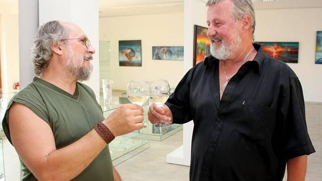 Obrazy, sklo i plastiky zdobí turistické centrum Velehrad
