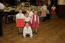 V Horním Němčím uspořádali už desátý Hopsácký ples organizovaný folklorním souborem Horněmčí.