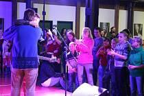 Ve Starém Městě se ve středu 27. listopadu uskutečnil charitativní koncert pro děti z dětských domovů.