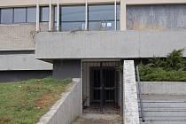 Opravený prostor někdejšího diskoklubu Barziko se nachází v suterénu Kina Hvězda. Vedení města plochu nechá rozdělit na konferenční sál a bar