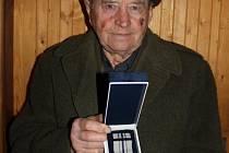 Miloslav Malík převzal o první únorové sobotě nejvyšší skautské vyznamenání – Medaili skautské vděčnosti.