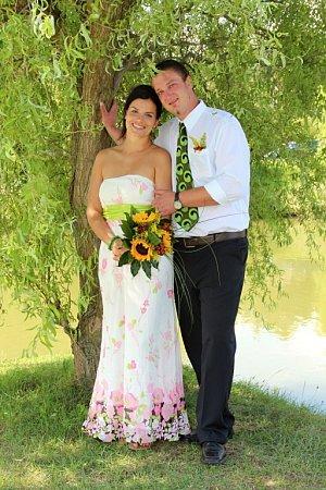 Soutěžní svatební pár číslo 212 - Zuzana a Jiří Pokusovi, Radslavice.