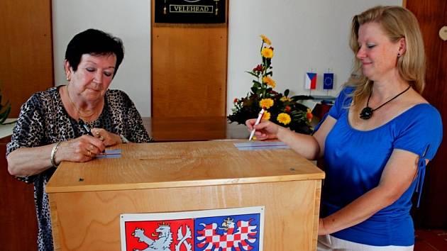 Také v poutním Velehradě odstartovaly volby do zastupitelstva obce a Senátu.