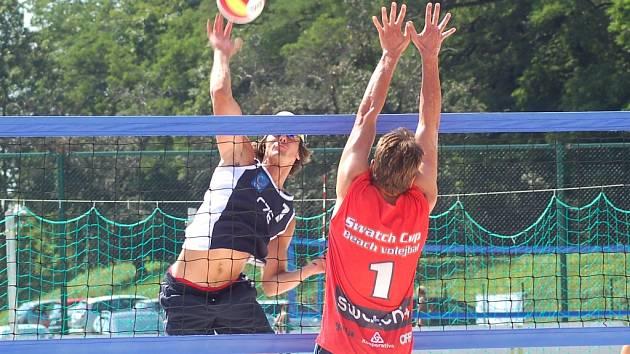 Ve finálovém souboji přehrála favorizovaná dvojice Kufa, Lenc (v útoku) Studničného s Pavelkou 2:0 na sety.