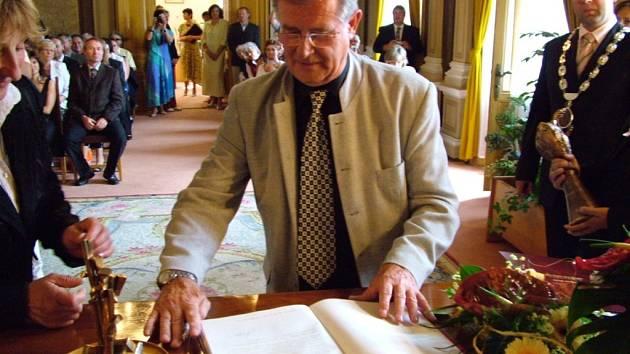 Jeden z držitelů Ceny Vladimíra Boučka, Antonín Hájek. Ilustrační foto