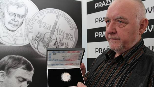 Jan Kryl byl s programem i uměleckým ztvárněním samotné medaile spokojen.