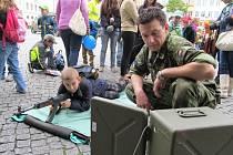 Pro mnohé děti byly ukázky práce složek integrovaného záchranného systému napínavou podívanou. Nadšení a zájem ale vyvolala prezentace činnosti práce policistů, hasičů a dalších specialistů také u dospělých.