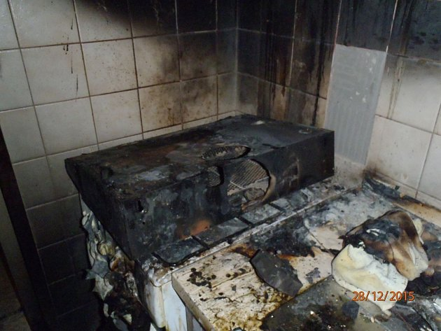 Požár ve Zlíně způsobil škodu 100.000, seniorka usnula při vaření.