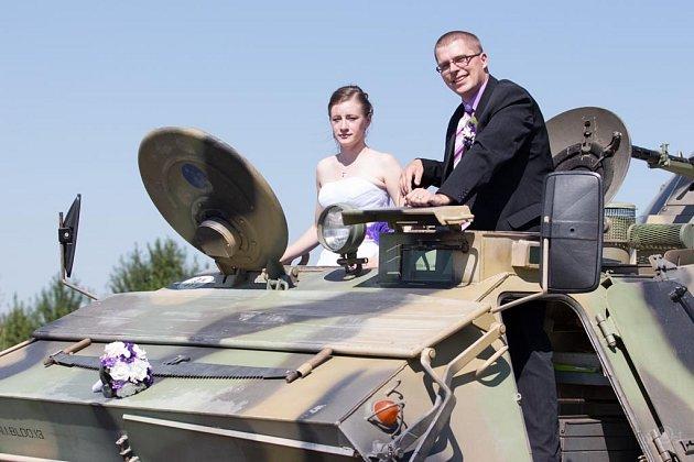 Soutěžní svatební pár číslo 100 - Andrea a Roman Hejníkovi, Přerov.