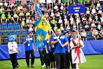 Na fotbalovém stadionu Miroslava Valenty v Uherském Hradišti v neděli oficiálně začaly Hry VI. letní olympiády dětí a mládeže České republiky.